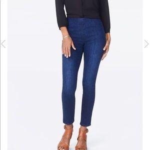 NYDJ Skinny Ankle Pull On Jean Side Slit Size 10